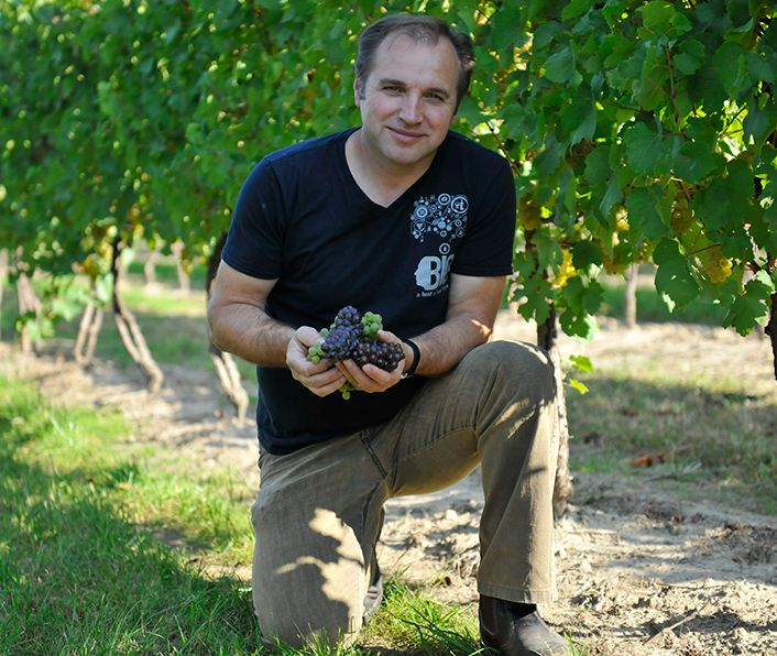 Andrzej Lipinski _ winemaker / owner Big Head Winery